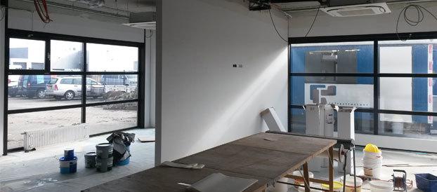 Renovlies behangen project 550 m2 behangersbedrijf for Renovlies laten behangen