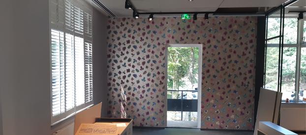 Wij behangen vliesbehang glasvliesbehang for Goedkoop laten behangen