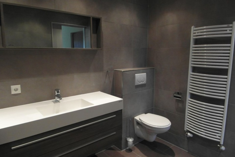 Inspiratieboek ultrabad - Bijvoorbeeld vlak badkamer ...